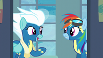 Fleetfoot encouraging Rainbow Dash S6E7