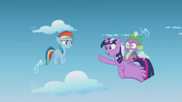 """File:Twilight Sparkle """"I hear you're pretty fast"""" S5E25.png"""