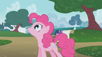 Pinkie Pie excited about spending time with Rainbow Dash S1E05