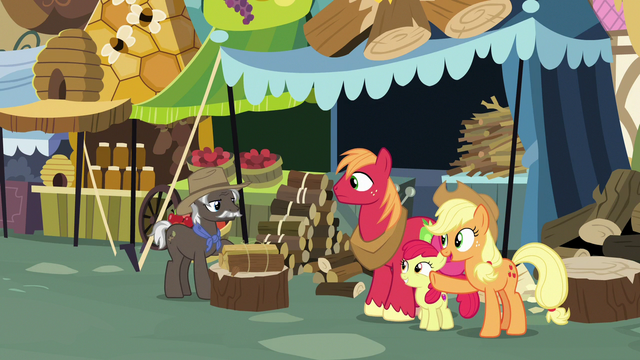 File:Applejack thanking Burnt Oak S7E13.png