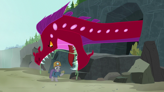 File:Quarray eel appears over Maud Pie S7E4.png