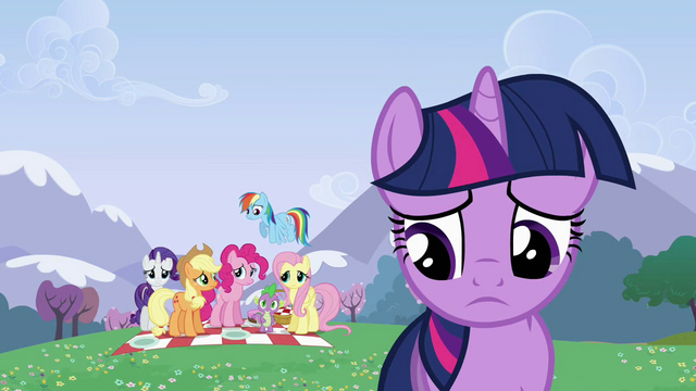 File:Twilight Sparkle walking away S2E25.png