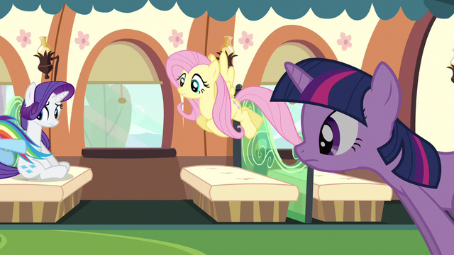 File:Rarity sitting down S3E12.png