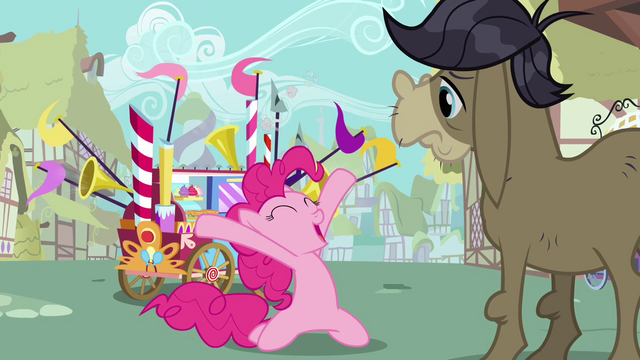 File:Pinkie Pie's welcome song big finish S02E18.png