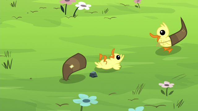 File:Chick comes out of antler S5E11.png