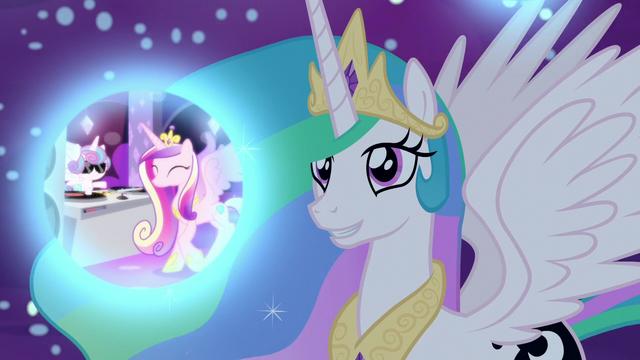 File:Princess Celestia observes Cadance's dream S7E10.png