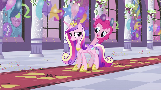 File:Pinkie with Cadance S2E25.png
