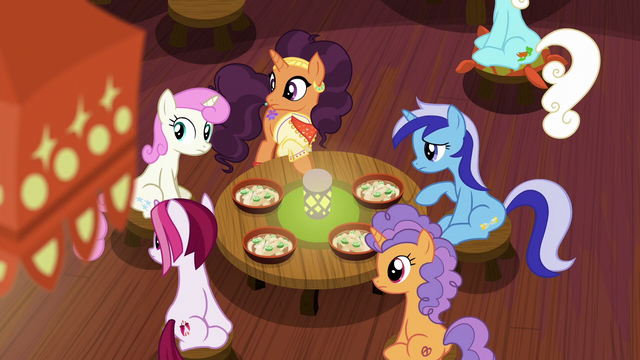 File:Saffron and ponies hear Zesty Gourmand enter S6E12.png