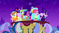 Five main ponies showing off their outfits S1E14