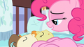 Pinkie Pie sleep tight S2E13.png