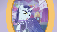 Goth Pony feels like a princess S5E14