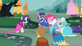 Ponies in pretty capes S02E10.png