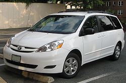 File:250px-2007-2009 Toyota Sienna LE -- 06-26-2009.jpg