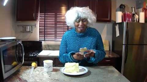 Paula Deen Makes Butter Pie Y'all ..