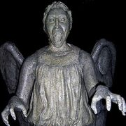 Weeping-angel-3