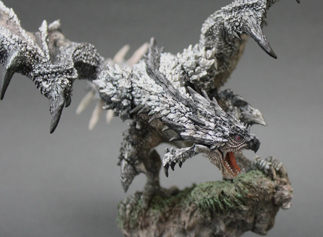 File:Capcom Figure Builder Creator's Model Silver Rathalos 003.jpg