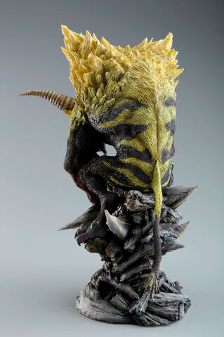 File:Capcom Figure Builder Creator's Model Golden Rajang 003.jpg