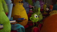 Monsters-university-disneyscreencaps.com-2597