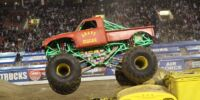 Retro Grave Digger (Red)