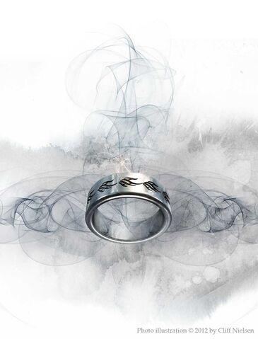 File:CN Lightwood ring.jpg