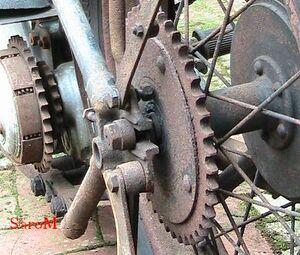 Sarolea 31 R Sekundärtrieb Ruckdämpfer