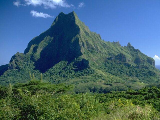 File:Mountain 2.jpg