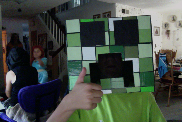 File:Creeper Head (Finished).png
