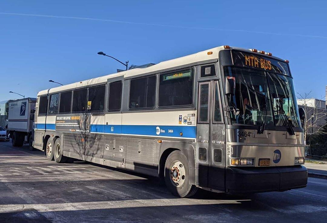 File:MTA Bus Company MCI D4500CL 3374.jpg