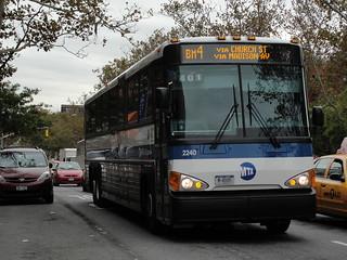 File:MTA Bus Company MCI D4500CT 2249.jpg