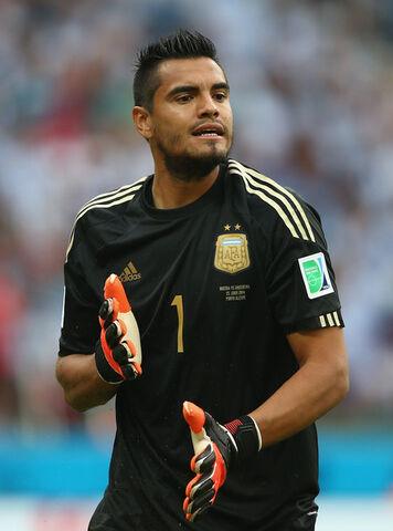 File:Sergio Romero Nigeria v Argentina Group F anWwM0Q3Ool.jpg