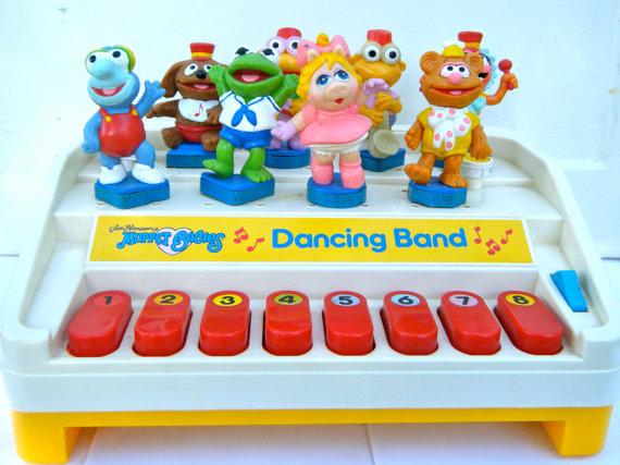 File:Mb dancing band 1.jpg