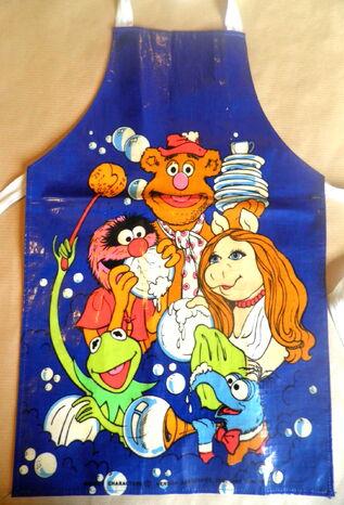 File:Muppetapron-1978.jpg