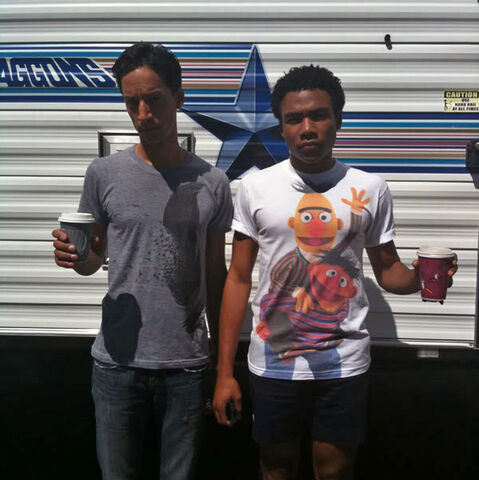 File:Donald Glover Community Ernie Bert t-shirt.jpg