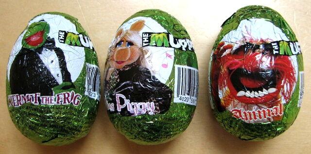 File:Chocolate eggs 2.jpg