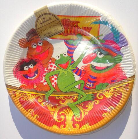 File:Hallmark 1978 birthday plate.jpg