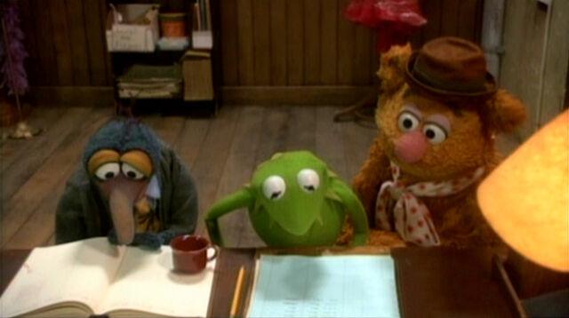 File:VMX Kermit's desk.jpg