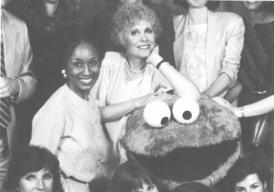 File:Anna Jane Hays and Cookie Monster.jpg