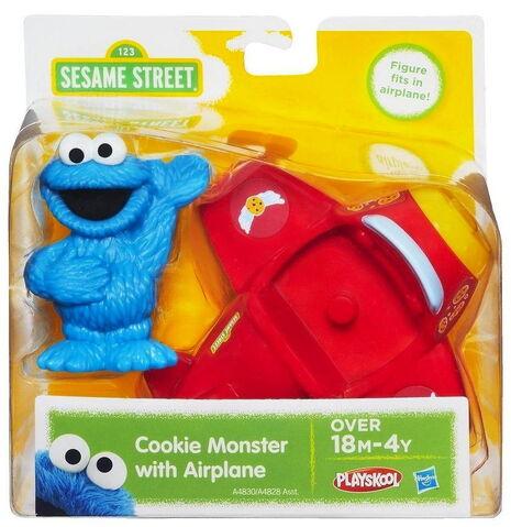 File:Playskool cookie monster with airplane 1.jpg
