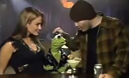 File:Kermit picks up a lady in a bar.jpg