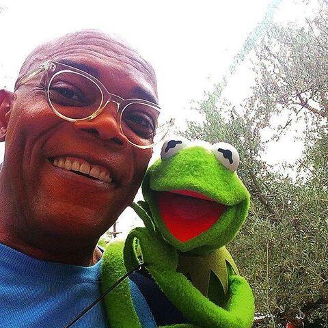 File:SamuelLJackson&Kermit-(2015).jpg