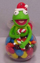 Sherwood brands 2003 christmas ornament kermit 2