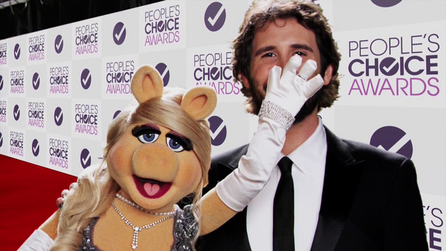 File:TheMuppets-S01E02-People'sChoiceAwards.png