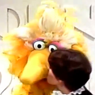 File:MarieOsmond-BigBird--Kiss.jpg