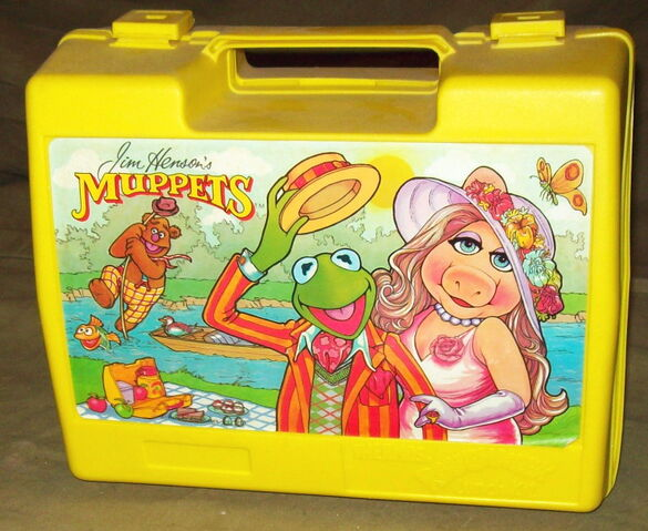 File:Thermos uk lunchbox 1981.jpg
