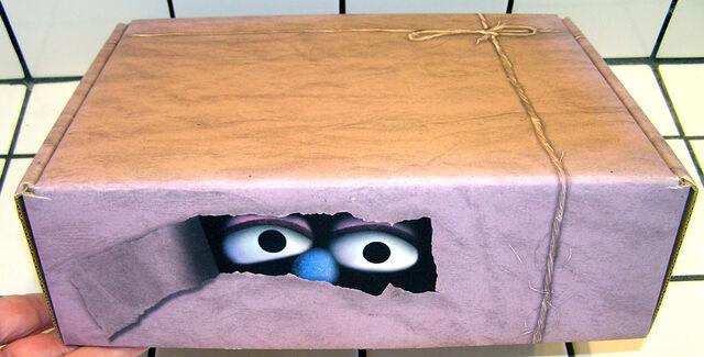 File:Muppetmailingbox2.jpg
