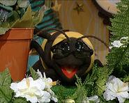 Bee (Mopatop's Shop)