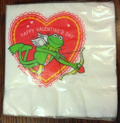File:Hallmark napkins party valentine.jpg