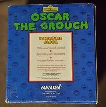 Sesame-Street-Oscar-The-Grouch-Miniature-Clock- 1