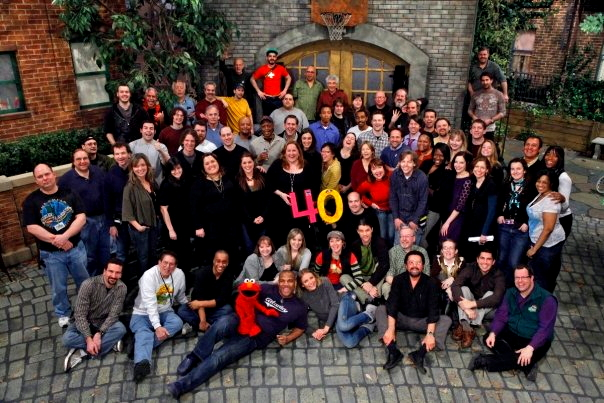 File:Season 40 cast2.jpg