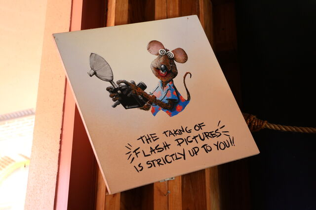 File:Stage 1 Company Store rat sign.jpg